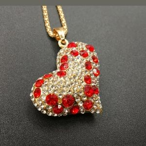 Heart pendant fashion unbranded necklace